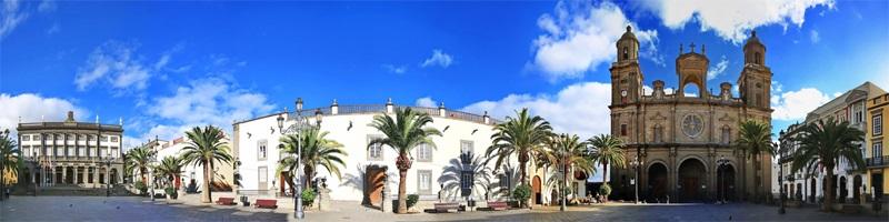 Die Stadt Las Palmas auf der Insel Gran Canaria auf den Kanaren in Spanien - mit seiner historischen Altstadt und Sehenswürdigkeiten, sowie Palmen.