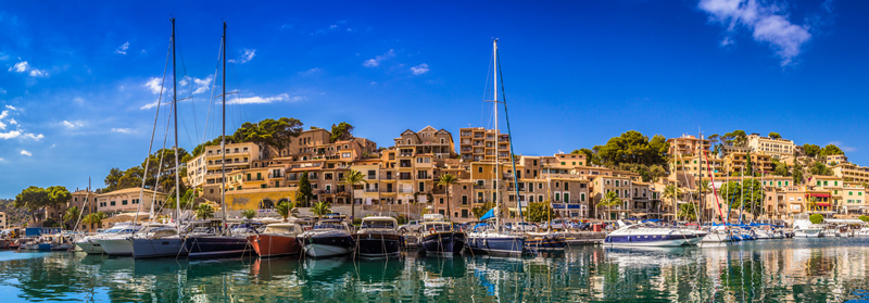Mallorca auf den Balearen in Spanien, Meer und Boote vor Palma